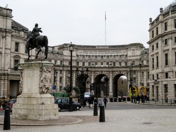 The Admiralty Arch is the entrance to a beautiful tree-lined mall that runs straight to Buckingham Palace, and is truly impressive in its own right.